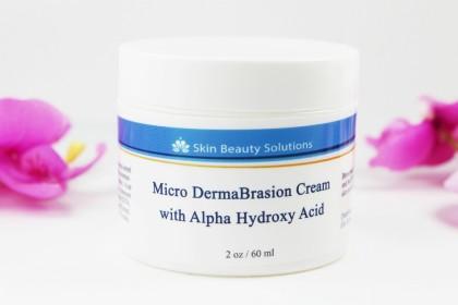 Microdermabrasion: Skin Beauty Solutions mit Glykolsäure