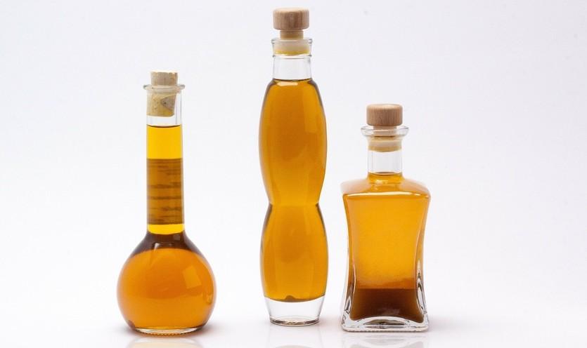 Parabene in Kosmetik, Mineralöl in Kosmetik, Silikone in Kosmetik, Alkohol in Kosmetik