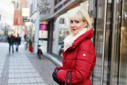 Rot wie die Liebe: Der Winter kann sich warm anziehen