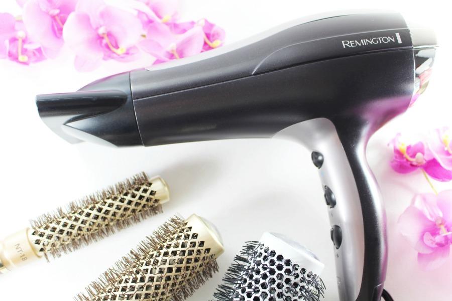 Remington Pro-Air Turbo d5220, Remington Fön Turbo, Remington Föhn Ionen, Remington Haartrockner Test, Bester Fön zum Glätten, richtig föhnen mit der Rundbürste, perfekt gestylte Haare, Super Twins Annalena und Magdalena