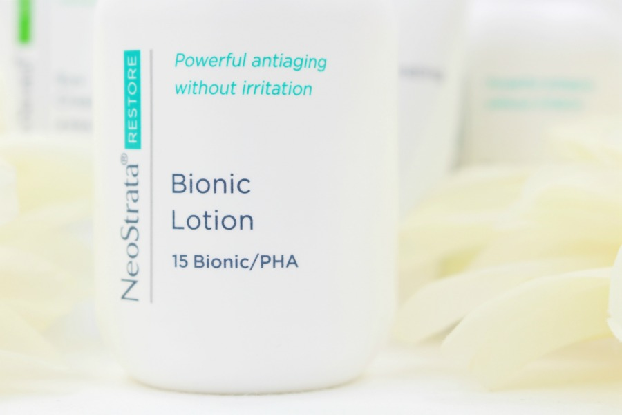 AHA BHA PHA Unterschiede, PHA Peeling, AHA PHA Peeling, Gluconolacton Wirkung, Gluconolacton Haut, Gluconolacton Akne, Lactobionic Säure, Lactobionic Neostrata, Lactobionicacid was ist das, Lactobionic Peeling, Polyhydroxysäuren, Fruchtsäurepeeling gegen Falten, Fruchtsäurepeeling gegen Akne, Fruchtsäurepeeling gegen Narben, Fruchtsäurepeeling gegen trockene Haut, Fruchtsäurepeeling selber machen Erfahrung, Fruchtsäurepeeling bei Rosacea, welches Peeling bei Rosacea, welches Peeling bei Couperose, welches Peeling bei großen Poren, welches Peeling bei trockener Haut, bestes Peeling Gesicht, welches Peeling für empfindliche Haut, Neostrata Peeling Zuhause, Neostrata Peeling Erfahrung, Age Attraction Beta Hydroxy Peeling, Super Twins Annalena und Magdalena