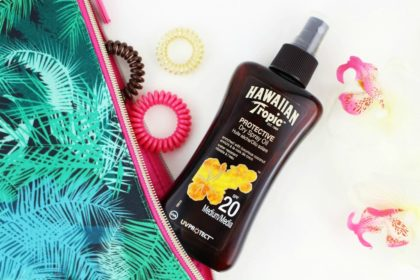 Hawaiian Tropic Protective Dry Spray Oil SPF 20