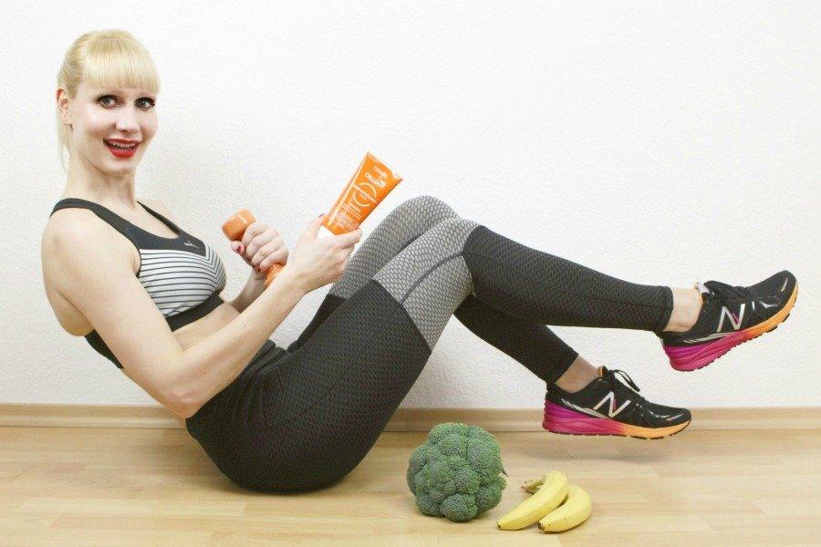 Anti-Aging durch Ernährung, Anti-Aging durch Sport, warum Eiweiß wichtig ist, warum Eiweiß beim Abnehmen hilft, warum Proteine beim Muskelaufbau, Winkearme bekämpfen, schlaffe Haut loswerden, Cellulite bekämpfen, Cellulite loswerden, die besten Abnehmtipps, richtig abnehmen, Übergewicht was tun, Körper straffen und festigen, so bleibst du gesund und fit, Kalorienbedarf berechnen, gesunde Ernährung Tipps, Floslek Erfahrungen, Floslek Super Twins, Floslek Slimline Erfahrungen, Floslek Cellu off Erfahrungen, Cellulite Creme Review, Super Twins Annalena und Magdalena