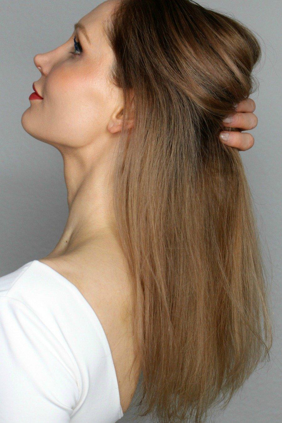 Haarpflege gegen Gelbstich, Haarfarbe länger haltbar machen, dunkelblonde Haare pflegen, von hellblond gefärbt auf dunkelblond, beste Anti-Gelbstich Produkte, beste Anti-Orangestich Produkte, Rot Orangestich entfernen, Orangestich entfernen, Rotstich aus den Haaren entfernen, Super Twins Haare, Super Twins Annalena und Magdalena