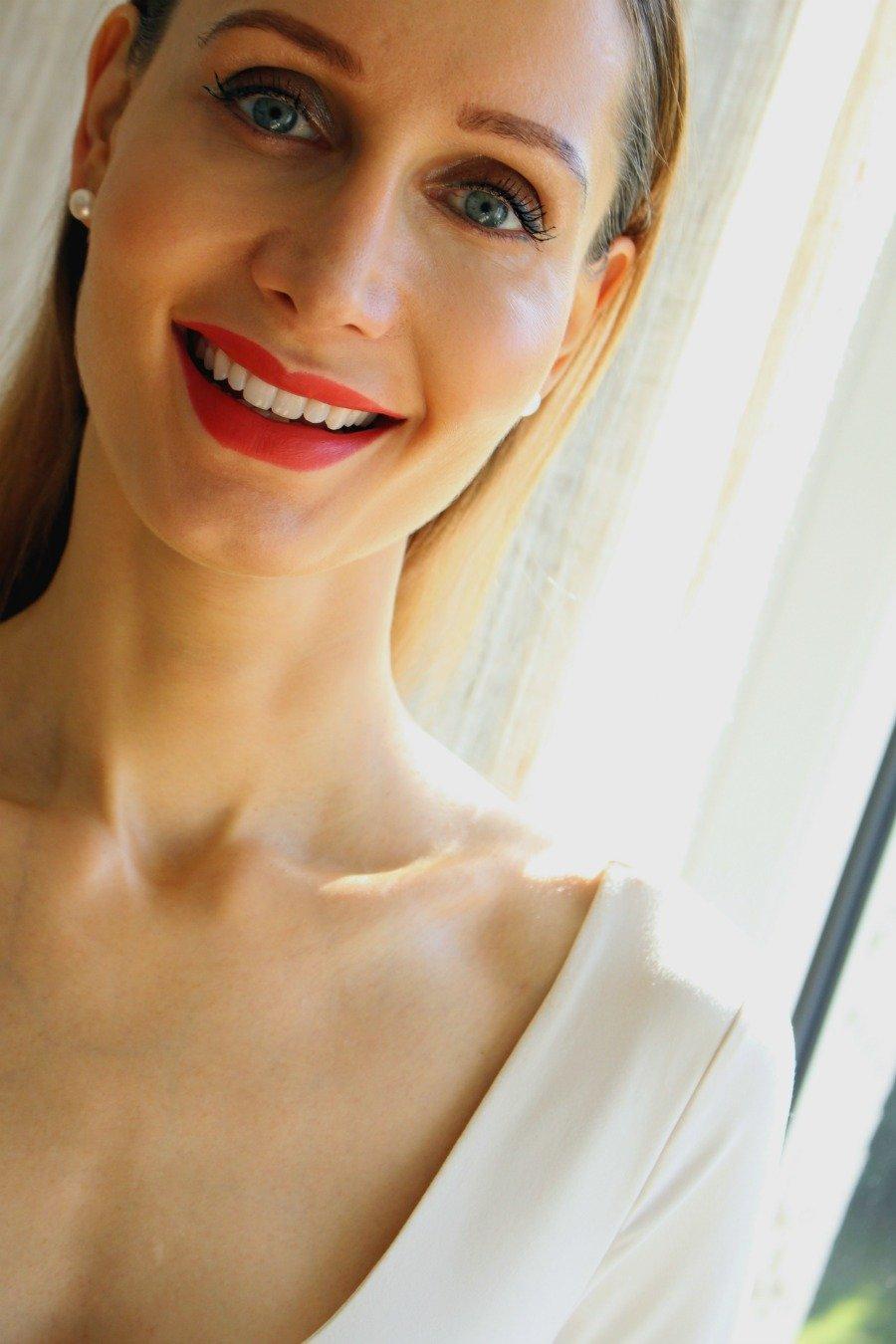 Zahnpflege Tipps, natürlich weiße Zähne bekommen, weiße Zähne ohne Bleaching, Zahnbeläge ohne Zahnarzt entfernen, strahlend weiße Zähne ohne Bleaching, Super Twins Zahnpflege, Super Twins Annalena und Magdalena