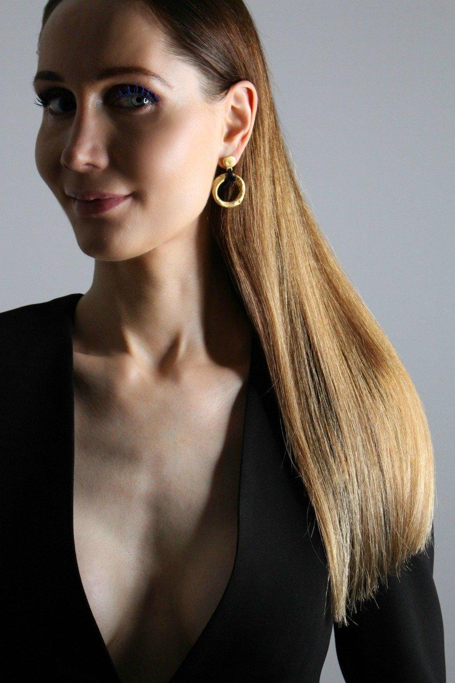 beste Haarpflege für kaputtes Haar, Haarpflege die wirklich hilft, kaputte Haare gesund pflegen, lange und gesunde Haare bekommen, glatte Haare ohne Glätteisen und Föhn, kaputte Haare reparieren ohne schneiden, kaputte Haare reparieren, warum Haare abbrechen, Haarpflege Routine, Keratin Aufbaupflege, Haarpflege für kaputte Haare, Haarpflege mit Keratin, Super Twins Haare, Super Twins Haarpflege, Super Twins Annalena und Magdalena
