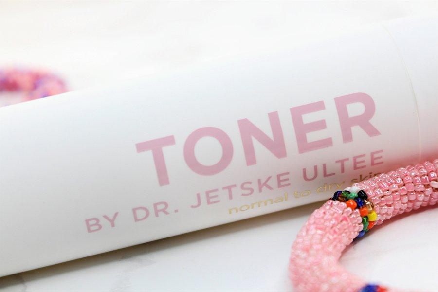 Dr. Jetske Ultee Toner für normale bis trockene Haut, Dr. Jetske Ultee Erfahrungen, Toner ohne Alkohol, Gesichtswasser ohne Alkohol unreine Haut, Gesichtswasser ohne Alkohol und Parfum, Anti-Aging Gesichtswasser Test, Super Twins Annalena und Magdalena