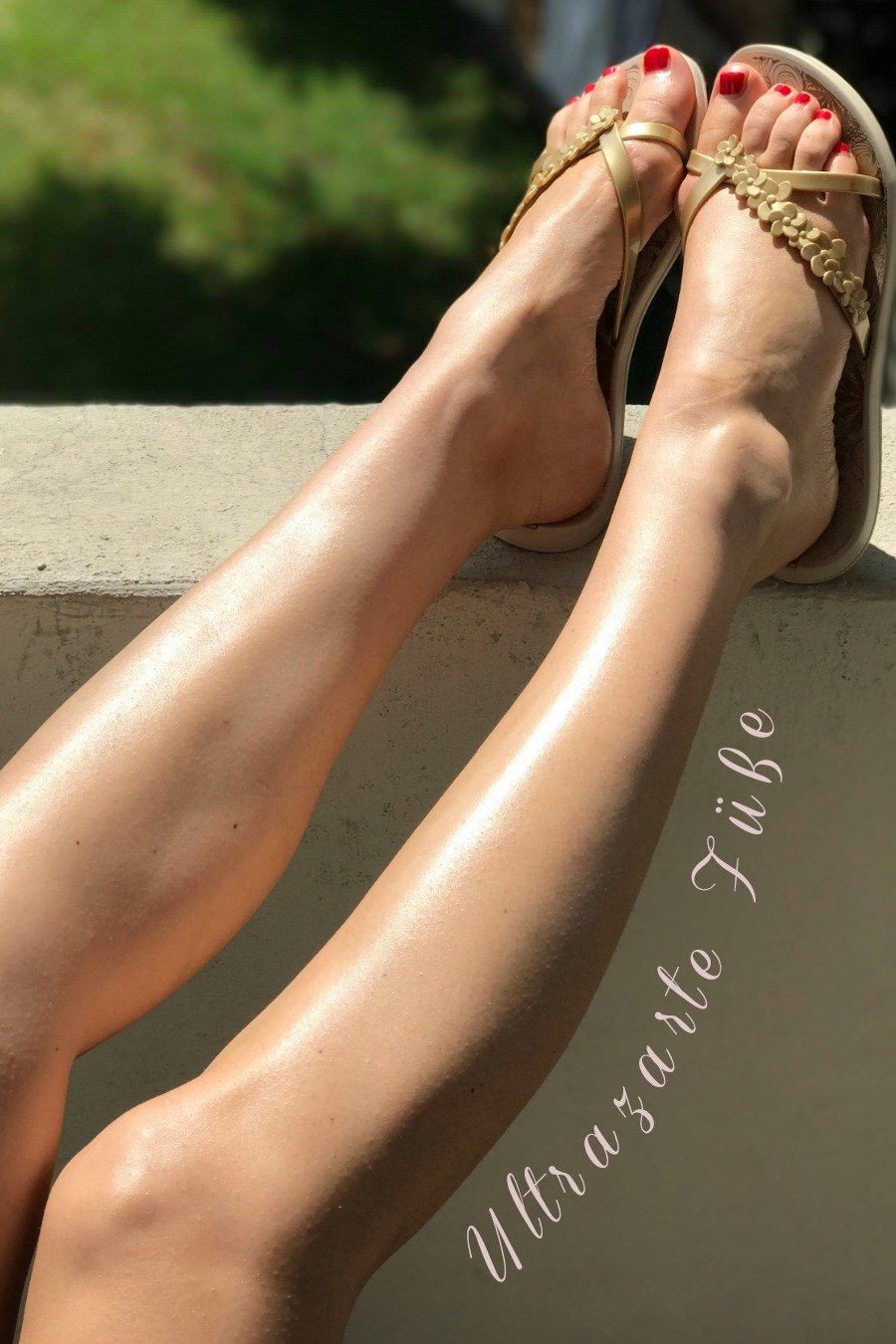 Fußpflege Produkte gegen Hornhaut, Pediküre Tipps für Zuhause, roter Nagellack Füße, Rieker Sandalen Damen, Gabor Sandalen Damen, Bodylotions mit Schimmer Test, Sonnencreme mit Schimmereffekt, Super Twins Annalena und Magdalena